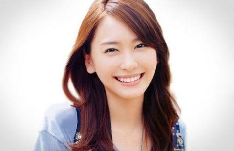 TOP 10 diễn viên, người đẹp có hàm răng đẹp nhất thế giới 16
