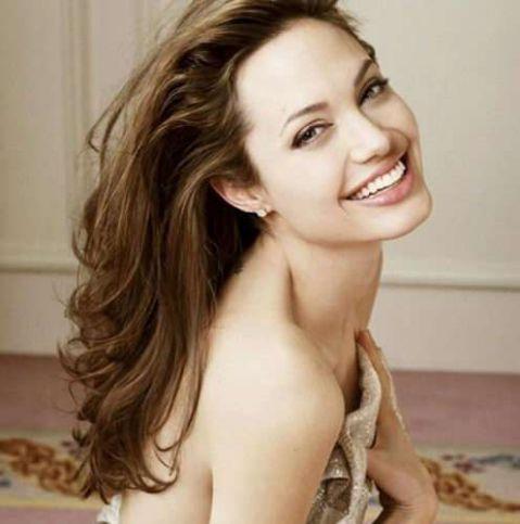 TOP 10 diễn viên, người đẹp có hàm răng đẹp nhất thế giới 6