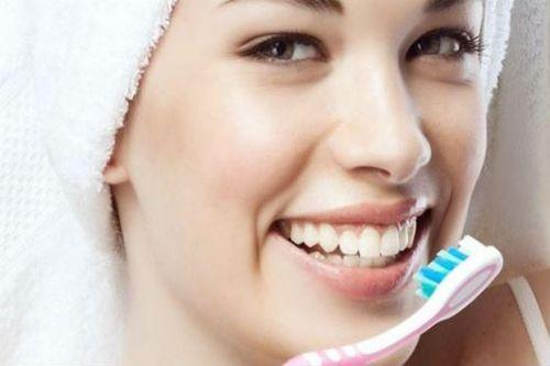 Có nên tháo đá đính răng tại nhà hay không? [Chia sẻ kiến thức] 6
